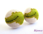 Alligator earrings - Alligator stud earrings - Green alligator studs - Alligator post earrings sf809