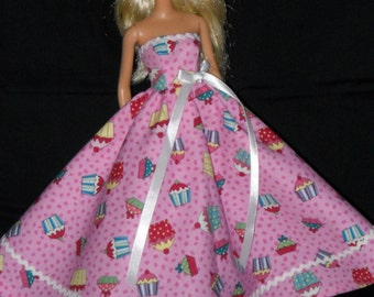 Birthday Party Barbie Doll Dress Handmade Pink  with Cup Cakes Strapless Gown