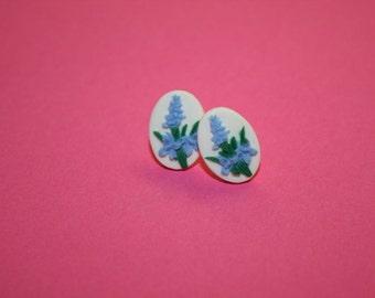 Small Lavender Flower Cameo Earrings