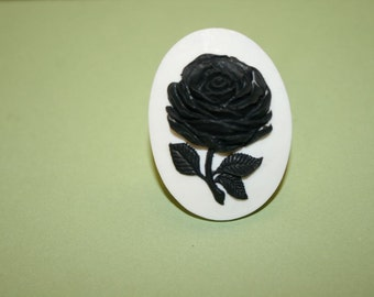 Large Black Flower Cameo Ring