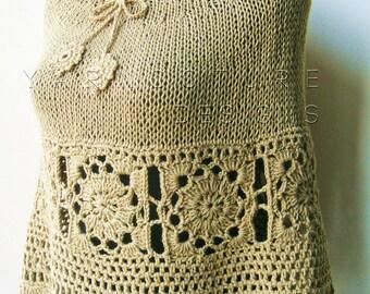 The Granny Square Knit Poncho / Capelet