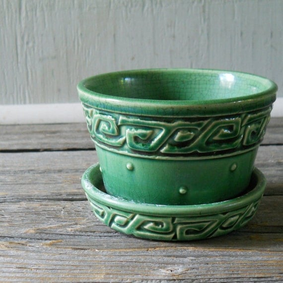 Vintage McCoy Flower Pot  Greek Key Green