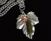 Grow Tiny Leaf necklace