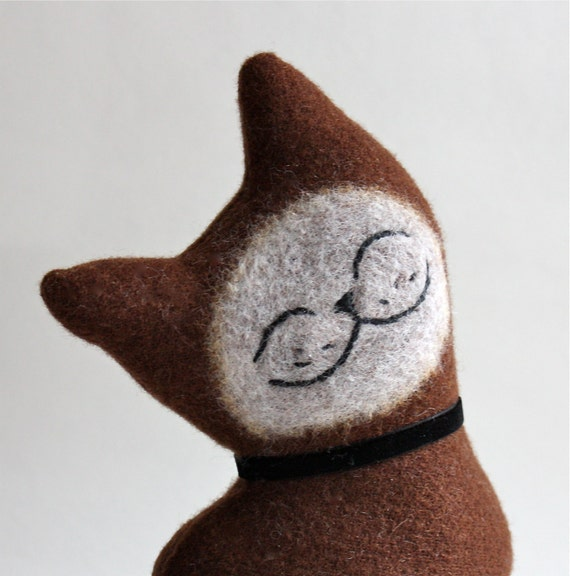 Cat Plush Folk Wool - Arabica Cat
