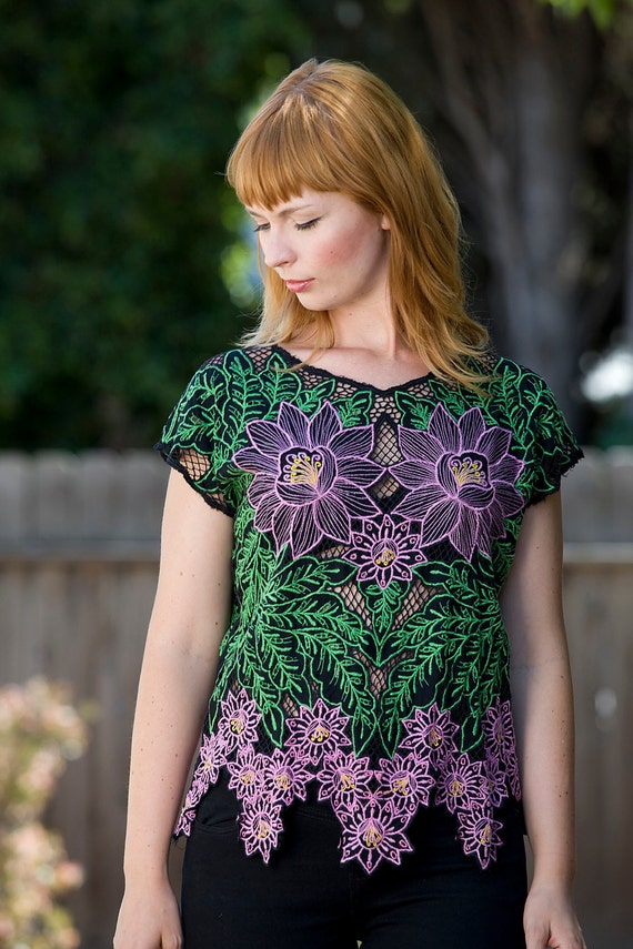 1980's Floral Tropical Bali Cutwork Embroidered Top