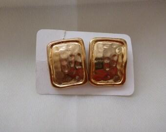 vintage hammered earrings