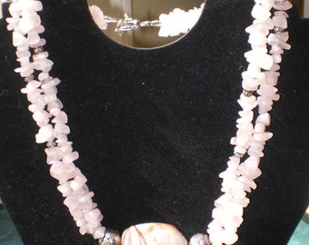 CHOCOLATE  PINK  Quartz SHELL Necklace