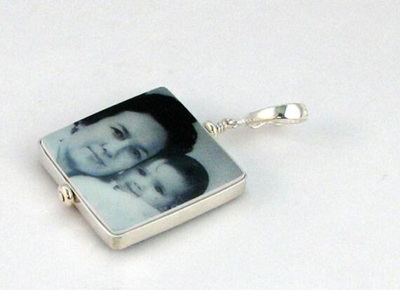 Photo Pendant, Custom Photo Jewelry, Personalized Keepsake Jewelry - Medium - FP2Fl