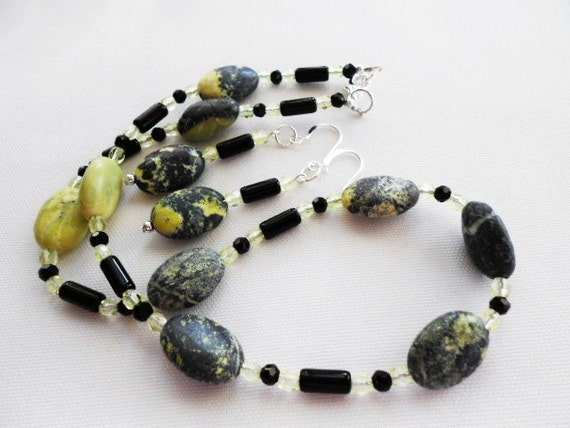 Black and Lemon Necklace Earrings Yellow Turquoise
