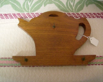 Vintage kitchen wall rack teapot wood cup hooks 1930s silhouette RV camper decor storage keys hot pad holder