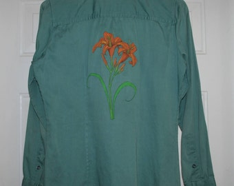 20% OFF Hand Painted Tiger Lilies Upcycled Cotton Woven Womens Shirt Sz S