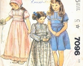 McCALLS 7096 Laura Ashley Girls Dress with Bonnet Pattern Size 4
