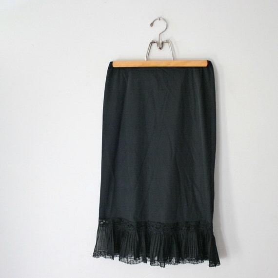 vintage 60s Van Raalte Black Opaquelon Nylon Half Slip Skirt
