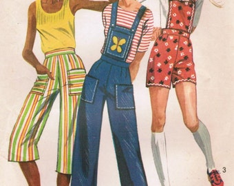 1970s Simplicity 9375 Vintage Sewing Pattern Young Junior/Teen Pants Capris, Shorts, Overalls with Detachable Bib Size 9/10 Waist 24