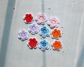 Crochet Flowers Appliques 116 - 10 pcs - 2 layers of flowers - mix and match with white