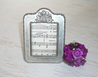 vintage silver picture frame - shabby cottage chic decor - ornate silverplate hollywood regency - easel back
