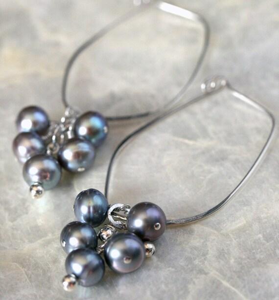 Silver Pearl Earrings - Hoop Earrings - Hammered Hoop Earrings