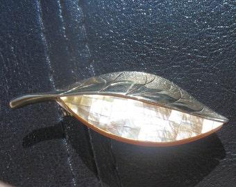 Liz Claiborne Vintage Leaf Brooch