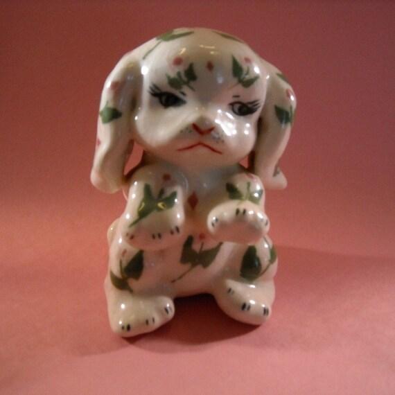 Vintage Dog Figurine/Figurine/1951 Ceramic Dog Figurine/Dog Lover Gift/Cottage Chic Dog/Collectible Dog Figurine/Petals Vintage dog figurine
