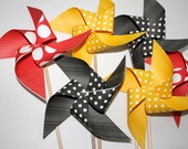Pinwheels 6 Large Twirlable Pinwheels MINNIE or MICKEY MOUSE Polkadot Garden Gourmet Bouquet (custom orders welcome)