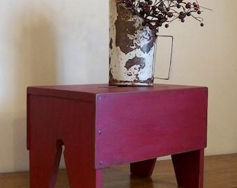Primitive Farmhouse Step Stool Wooden Bench Farmhouse Utility / Barn Red / Color Choice