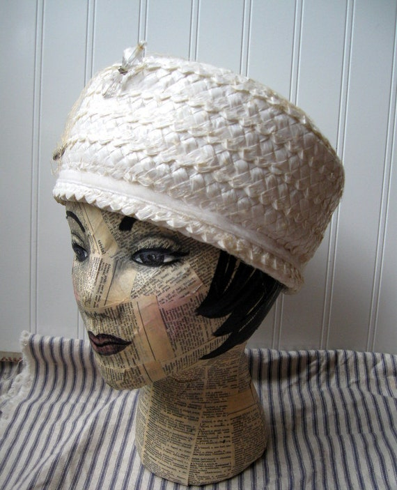Vintage cream straw hat with crystal and rhinestone hatpin Vintage millinery