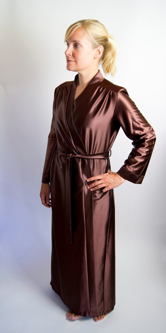 RESERVED FOR MZREBROKER- Vintage Women's Robe, Brown, Size Small, Perfect Condition