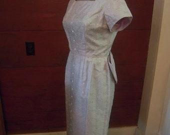 1950s JOAN HOLLOWAY Wiggle Dress Chiffon Lace Overlay Huge Kitten Bow Medium Large