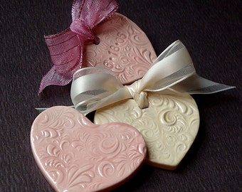 Ceramic Scrollwork Hearts Wedding Favors
