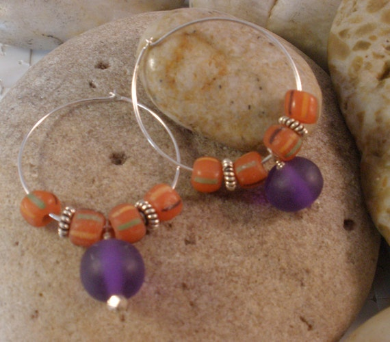 25% OFF Holiday Sale, African Trade Christmas and Resin Beaded Earring on Sterling Silver Hoops, Purple and Orange,  Tribal Jewelry, Boho