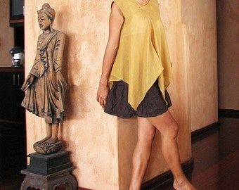 Lise Asymmetric blouse...Mustard Yellow (S-L)