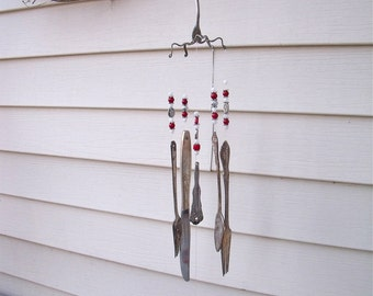 "SILVERWARE WIND CHIMES-REcycled / REpurposed / UPcycLed inTo ""Love Themed"" WinDchimes WinD ChiMes with SiLver,ReD,wHiTe glass BeaDs"