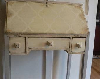 Custom. SwEEt SPRING SECRETARY ViNtaGe desk Yellow , gray ,aqua