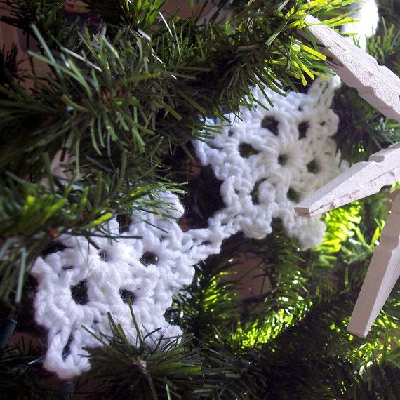 Crochet Snowflake Garland - Vintage Style Snow Flake Bunting White Christmas Tree Garland Crochet Garland