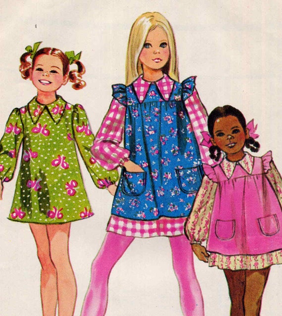 Vintage 1960s Mod Girls A Line Dress and Pinafore Smock Simplicity 9843 Sewing Pattern--Size 4