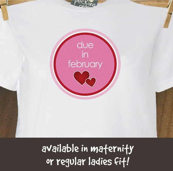 Due in February circle with hearts long or short sleeve maternity of non maternity pregnancy announcement Tshirt