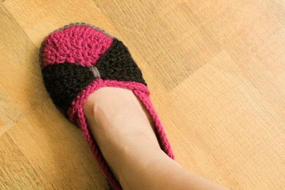 Instant Download - Crochet Pattern - The Jess Flats (Woman size 3-12)
