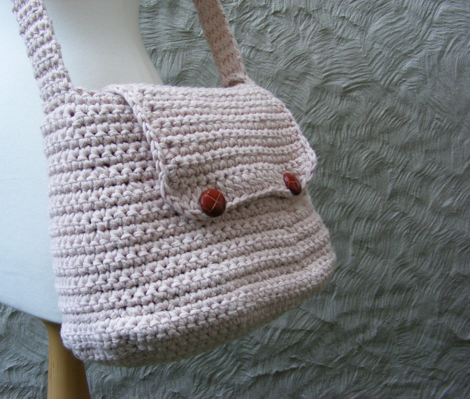 Crochet Satchel Bag Pattern : Messenger Bag Crochet Pattern / Tutorial by TheHappyCrocheter