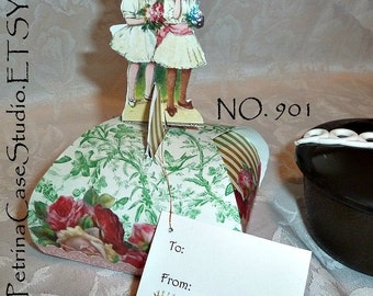 Favor Box Printable PATTERN 2 Girls with Crowns -LARGE fits cupcake  Made in the USA - Item 901