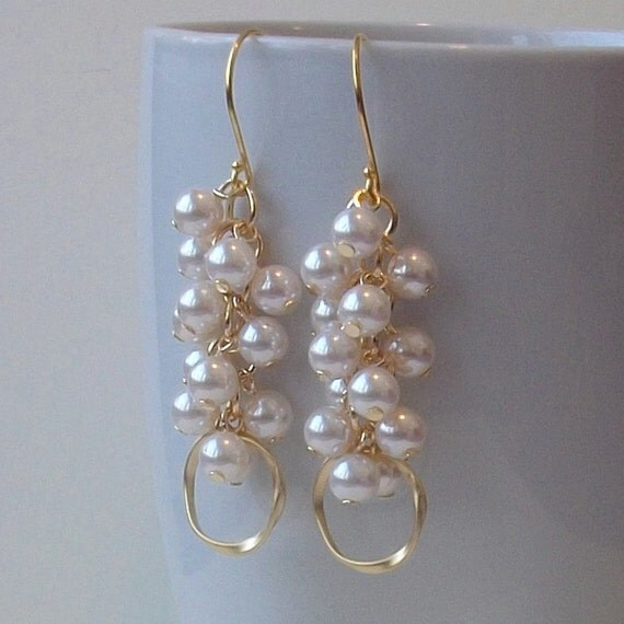 LAST ONE Modern Pearl Cluster Dangle Gold Hoop Earrings, Pearl Eternity