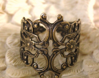 Brass Filigree Ring - WRAPPED AROUND my FINGER