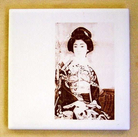 Home Decor Hostess Gifts: Geisha Ceramic Tile Coaster Home Decor Hostess Gift