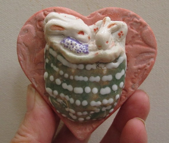 Ceramic Mommy and Baby Snuggle Bunny Heart Bed Sculpture Animal Art - Next Day Shipping