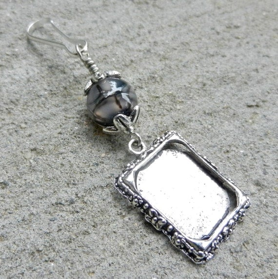 Wedding bouquet, memorial photo charm. Agate bridal bouquet charm.