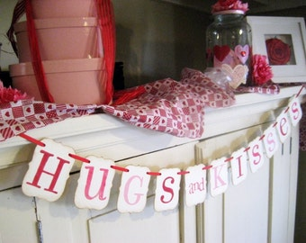Valentine Banner HUGS and KISSES Decoration