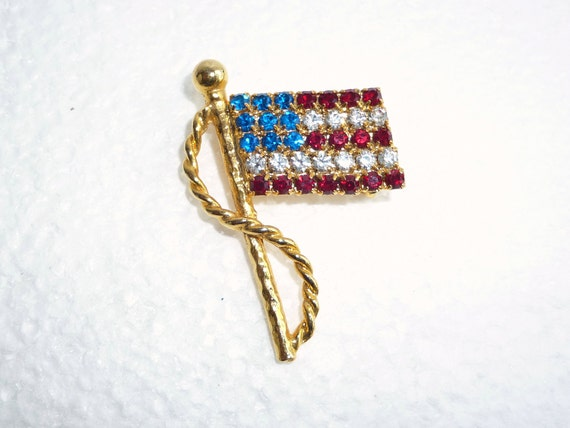 Rhinestone American Flag Brooch Vintage Red White Blue Pin USA Independence Day