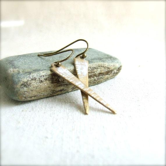 White Dangle Drop Earrings Rustic Patina Textured Triangle Arrow Tribal Geometric Fashion Jewellery