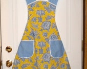 Full apron in dutch blue and yellow floral