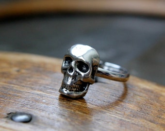 Silver Skull Ring Little Human Skull Ring just for the Ladies - Moon Raven Designs 129