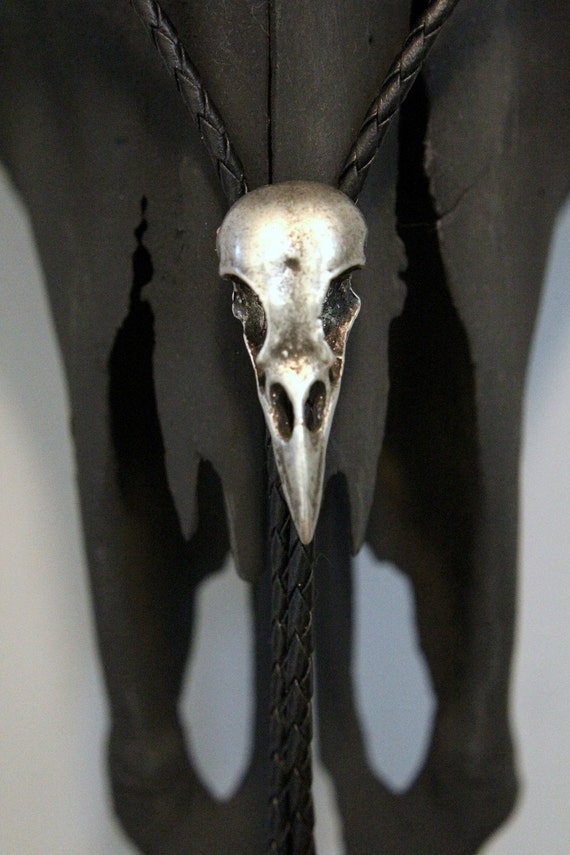 Cast Metal Crow Skull Bolo Tie - Genuine Leather
